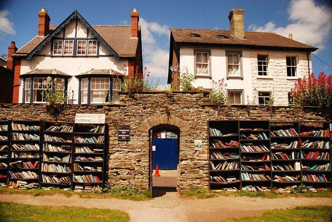 honesty-bookshop-hay-on-wye