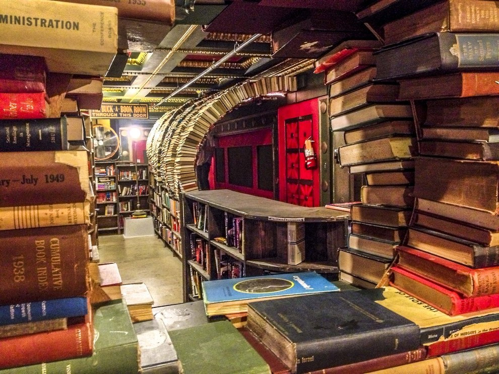 the-last-bookstore-los-angeles