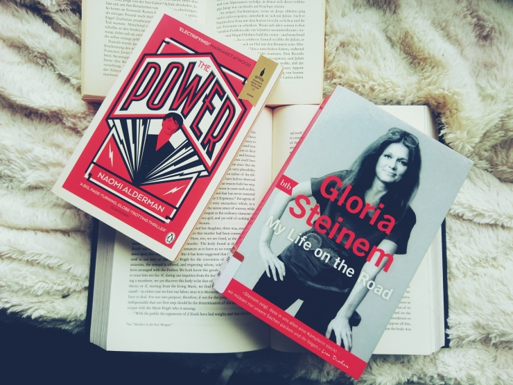 Naomi-Alderman-die-Gabe-Gloria-Steinem-My-life-on.the-road.jpg