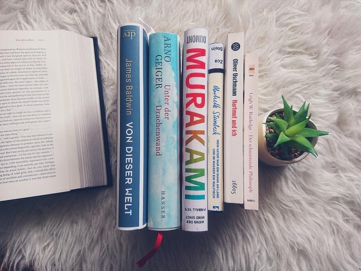unsere-Bücher-im-März.jpg